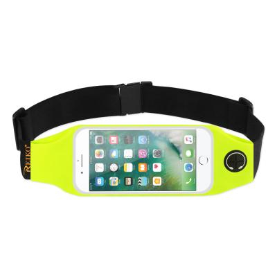 REIKO RUNNING SPORT BELT FOR IPHONE 7 PLUS/ 6S PLUS OR 5.5 INCHES DEVICE WITH TWO POCKETS AND LED IN GREEN (5.5x5.5 INCHES)